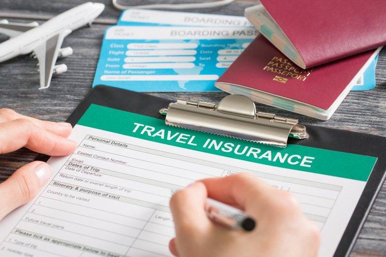 Из-за банкротства страховщика отозваны лицензии у шести туроператоров